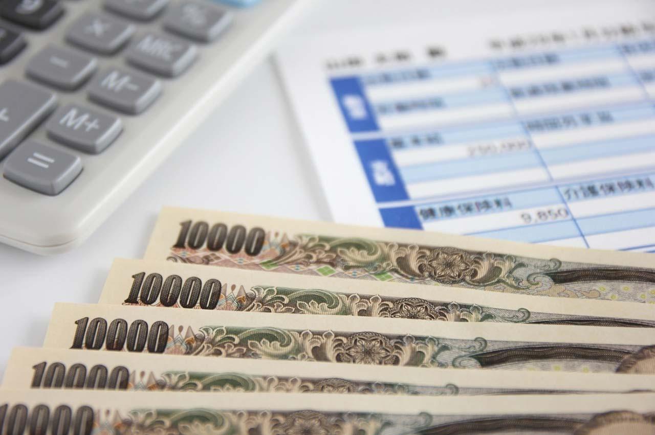 グラフィックデザイナーの年収は?どの様に収入を上げていくべき?