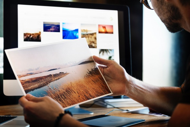 弁護士に聞く、デザイナーがWebサイトや広告でフリー素材を利用する際の注意点