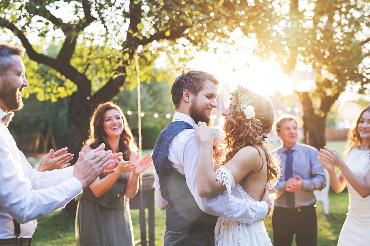 フリーランスの恋愛と結婚:幸せになるためのランサーの恋愛と結婚について