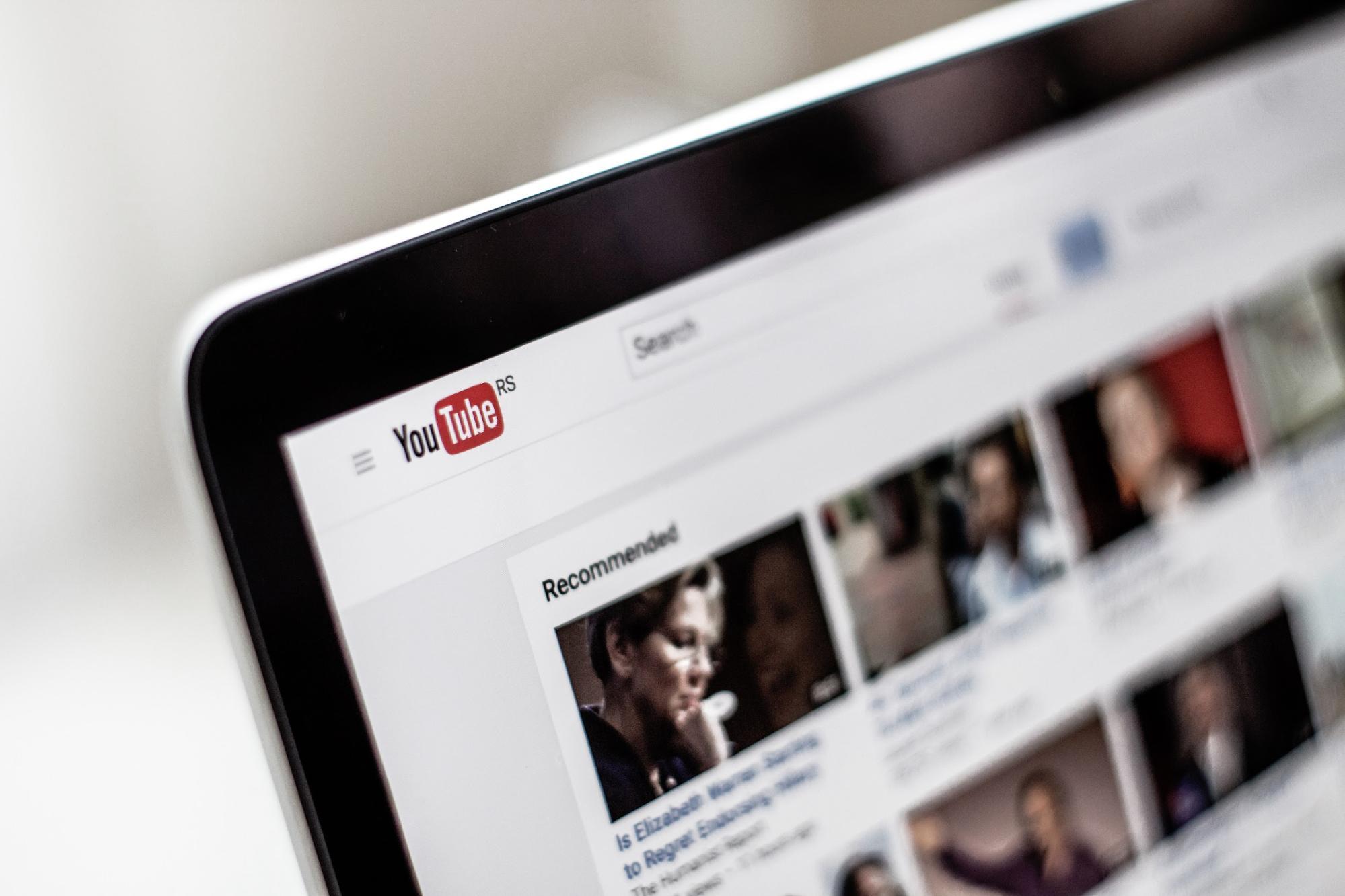Youtuberになるために大事なこととは?メリットとデメリットをご紹介