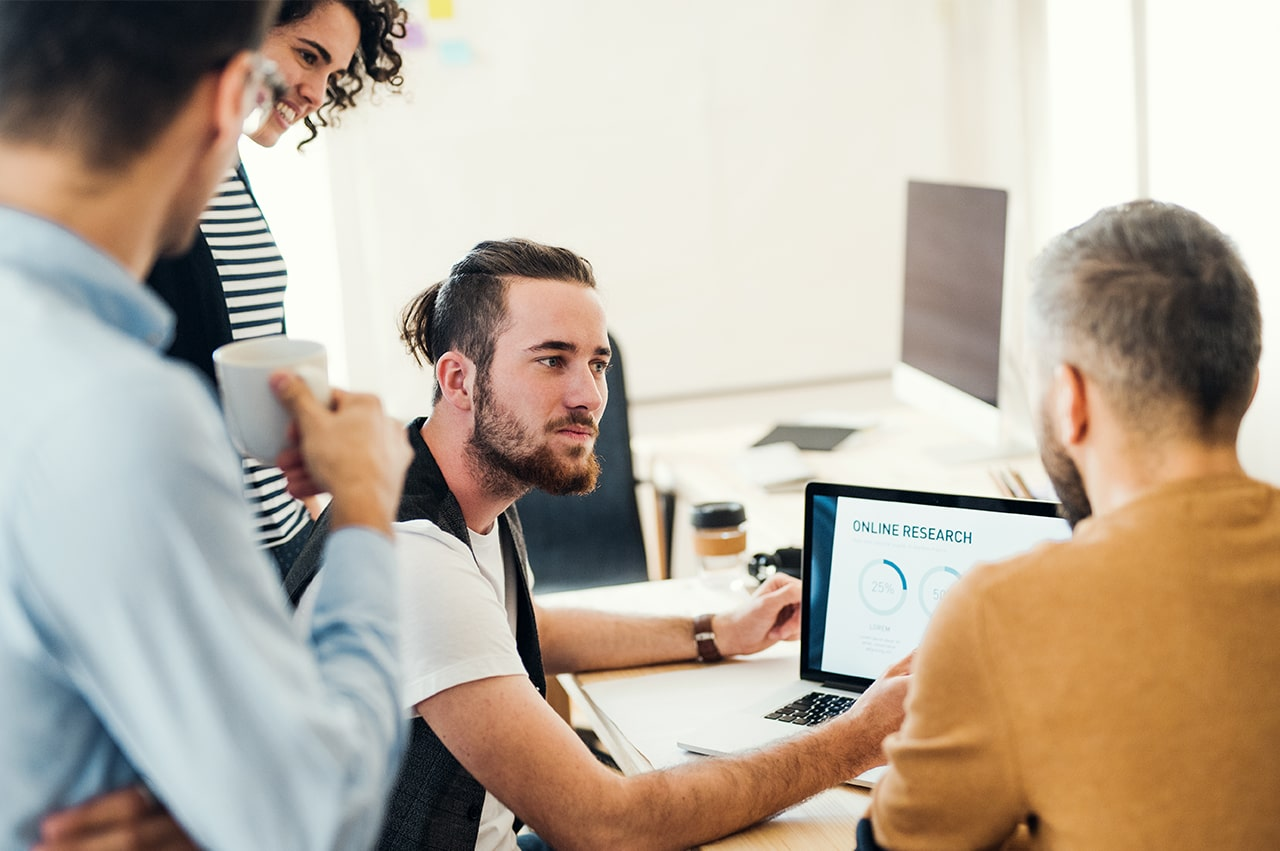 企業がデザイナー常駐させる際の注意点