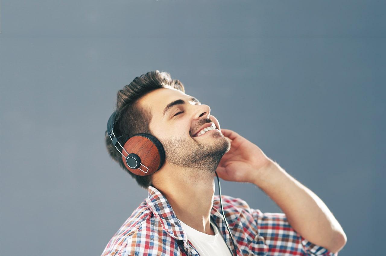 クリエイターが知っておきたい「音声コンテンツ」の知識:種類・市場・将来性など