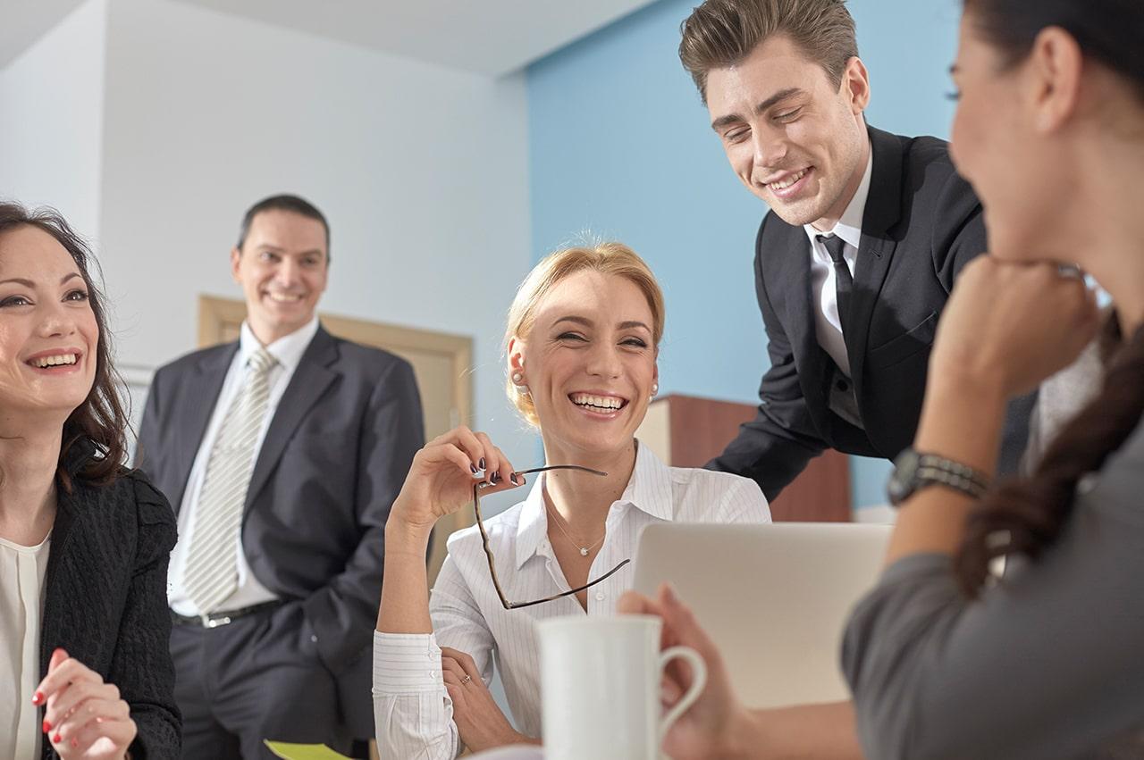 ビジネスの施策や会話使える「バーダー・マインホフ現象」を解説!