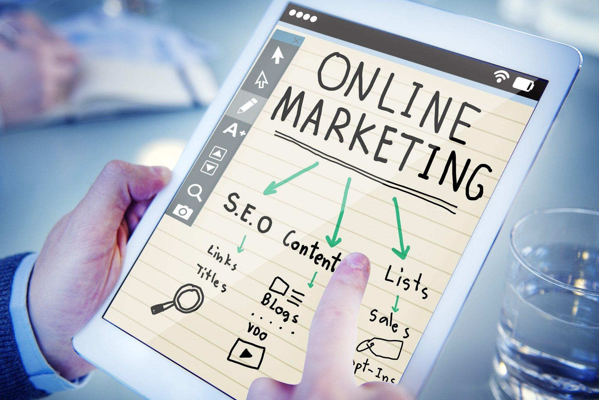キャリアアップも見込める!Webディレクターになる方法を求人傾向から解説