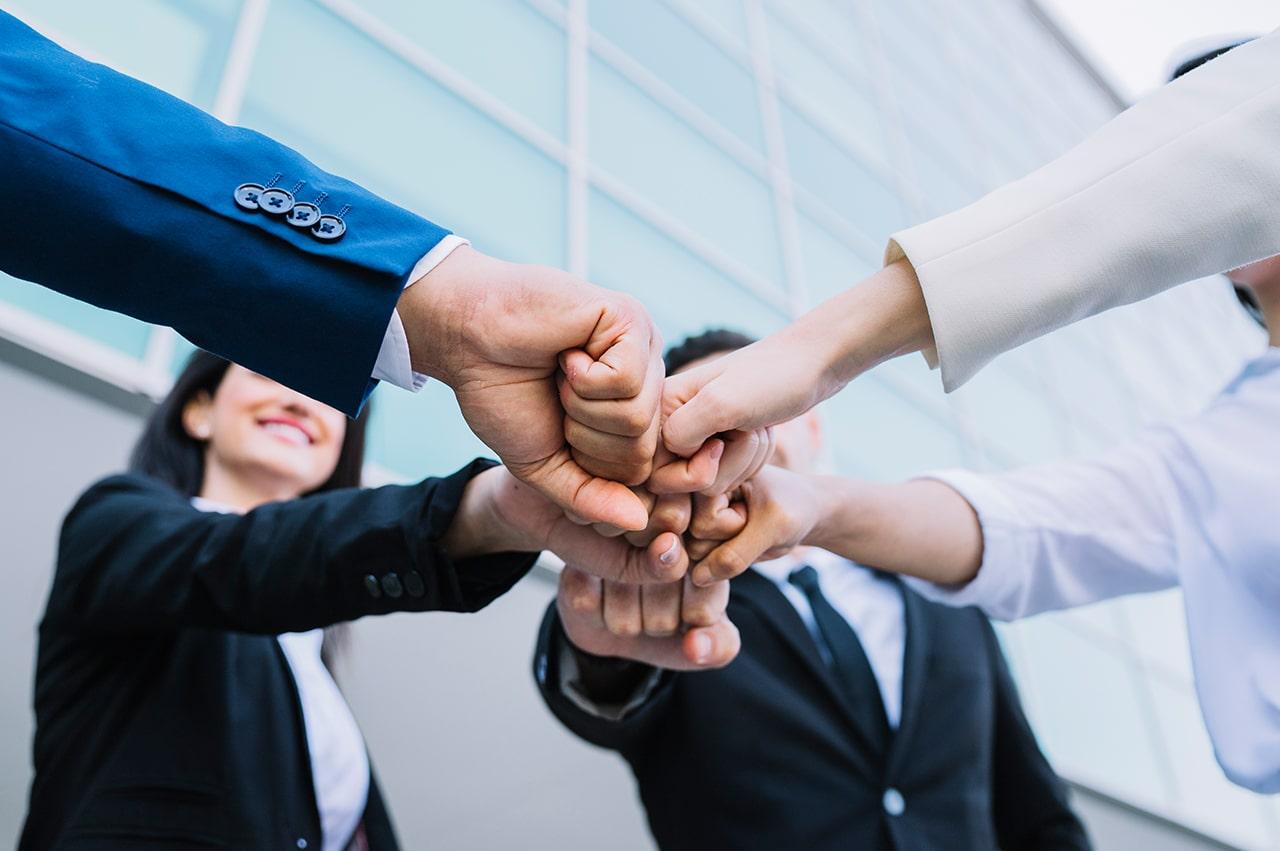 最強のビジネススキル「対人スキル」を磨く4つの方法
