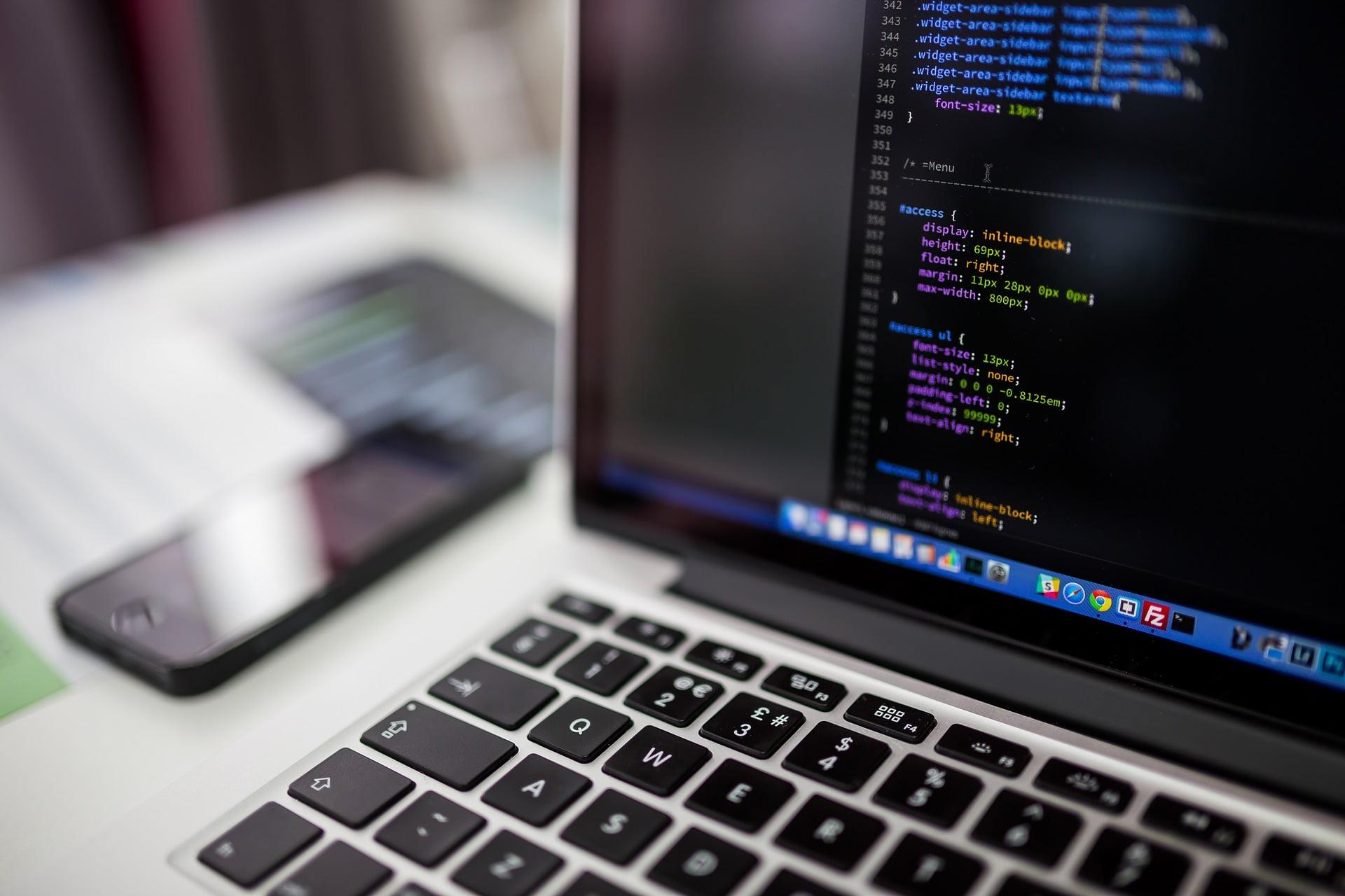 【2021年最新】エンジニアのおすすめプログラミング言語を徹底解説!