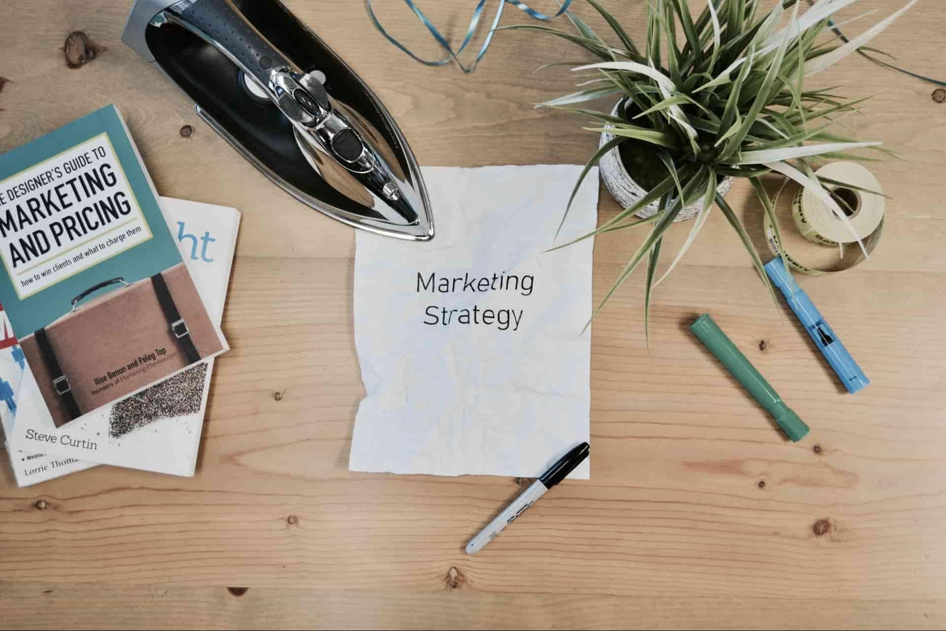 ブックマーケティング とは?メリットから成功事例までを紹介