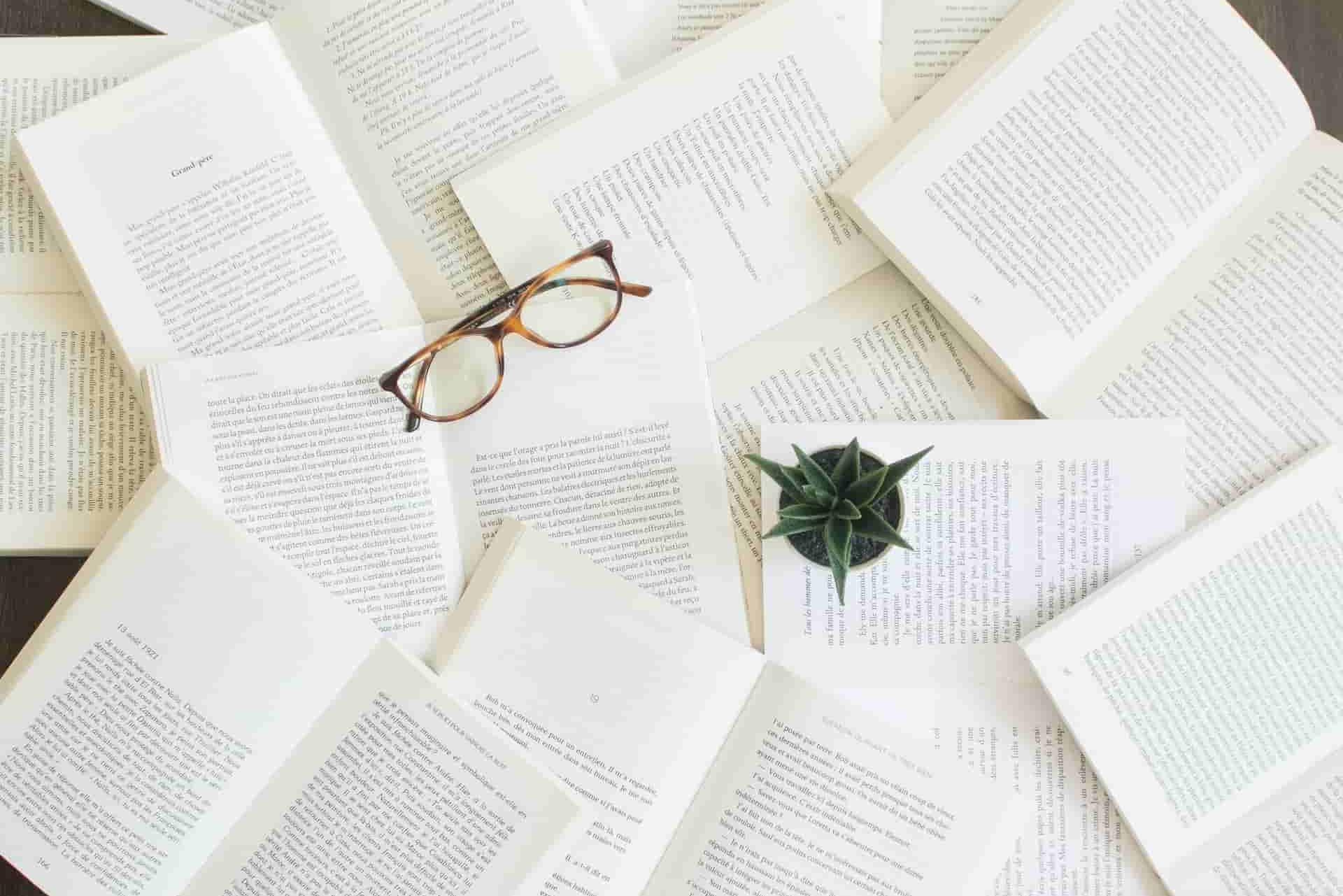 シナリオライターの仕事内容とは?適性や勉強方法などを紹介!